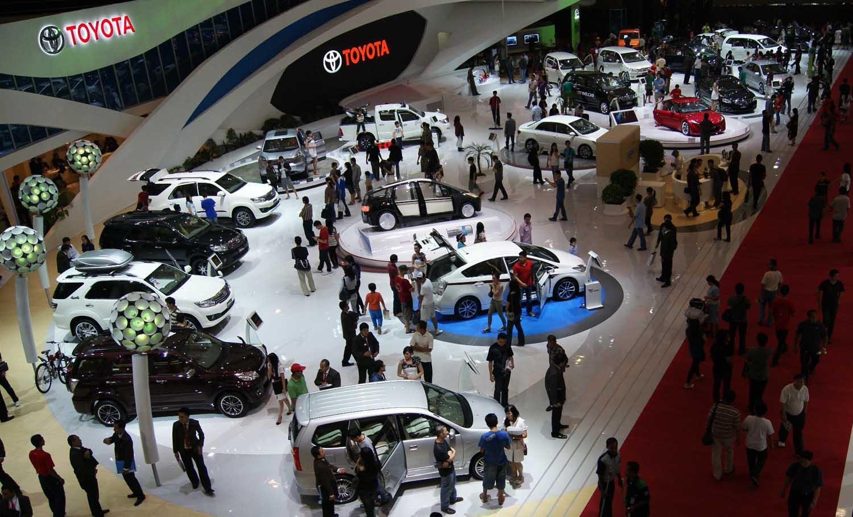 Meraih penjualan sebanyak 310.674 unit pada 2011, membuat PT Toyota-Astra Motor (TAM/Toyota Indonesia) berada di posisi keempat penjualan global Toyota Motor Corporation (TMC) dibawah Toyota USA, Toyota Jepang dan Toyota Cina. Toyota Indonesia sukses menggeser Toyota Thailand yang selama ini merajai di kawasan ASEAN