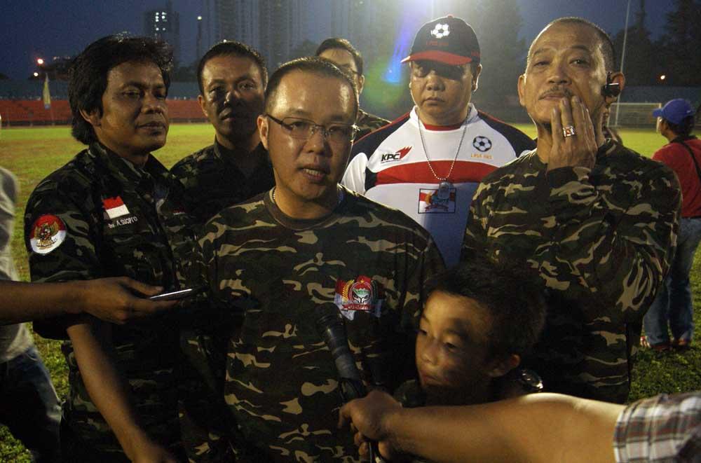 Ketua DPP Gempita, T. Rusdy saat diwawancarai wartawan.(ran)