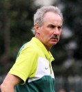 Alfred Riedl timnas