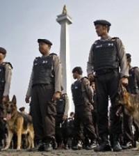 polisi siaga monas