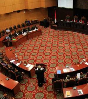 sidang mahkamah konstitusi mk