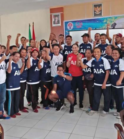 Herman Chaniago saat membuka pelatihan sepak bola di Maluku