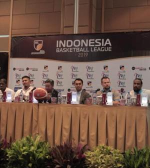 Prescon perkenalan pemain asing IBL
