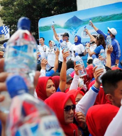 Danone Aqua Fun Walk Hari Ginjal